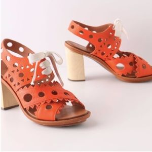 Anthropologie Riika Heels Orange 38